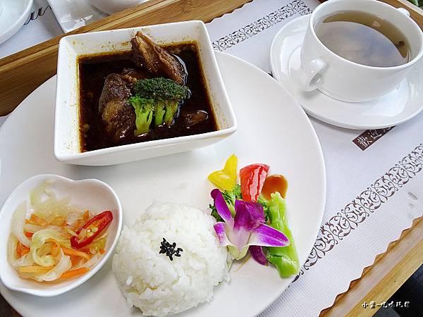 奇麗灣小農鮮食餐廳 (8).jpg