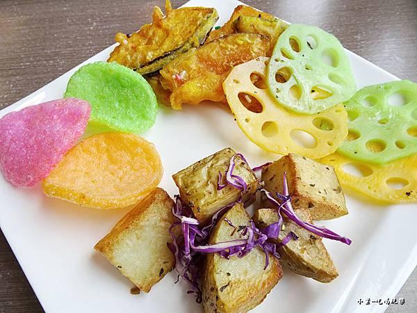 奇麗灣小農鮮食餐廳 (13).jpg