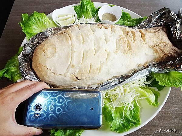 鹽焗紅皮刀魚 (2).jpg