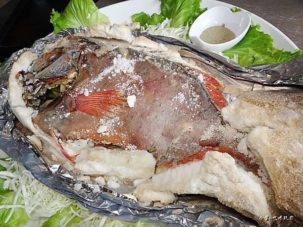 鹽焗紅皮刀魚 (4).jpg