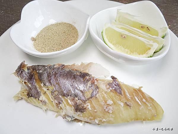 鹽焗紅皮刀魚 (5).jpg