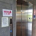 哺乳室與上下樓電梯.jpg