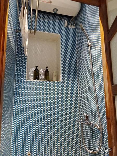 3樓公共衛浴  (1).jpg