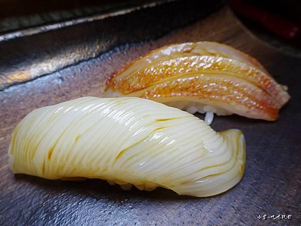 二千-生魚片握壽司 (3).jpg