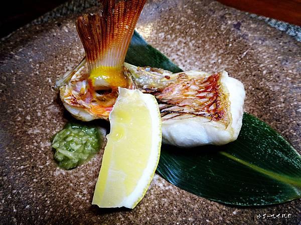 二千-石老魚 (2).jpg