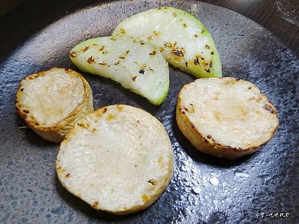 新野町-綜合野菜盤 (2).jpg