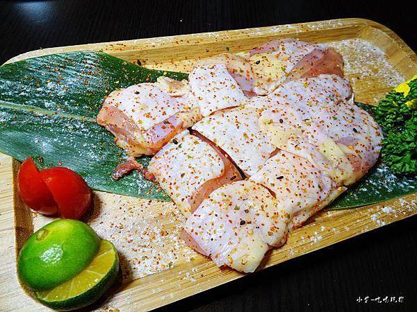新野町-鮮嫩雞腿肉 (1).jpg