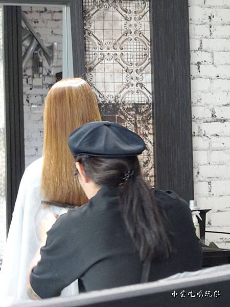 FIN hair中山區沙龍 (2).jpg