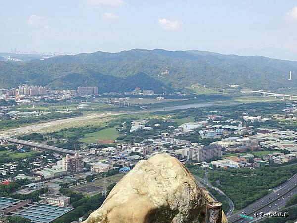 三峽鳶山山頂 (7).jpg