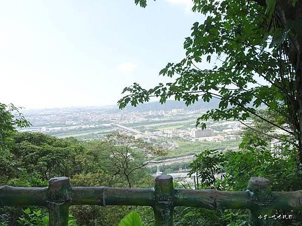 鳶峰亭景觀.jpg