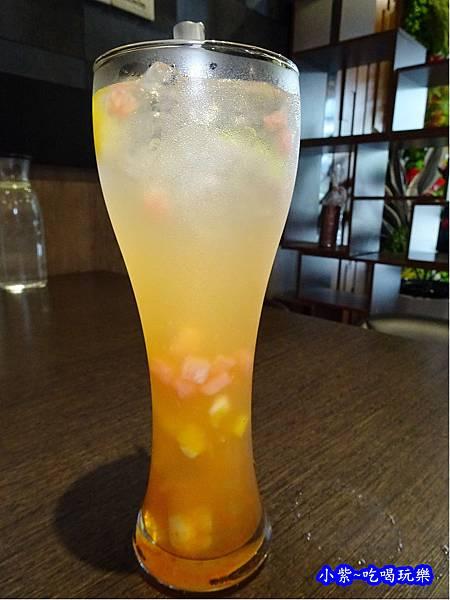 柚美麗蘆薈氣泡飲  (1).jpg