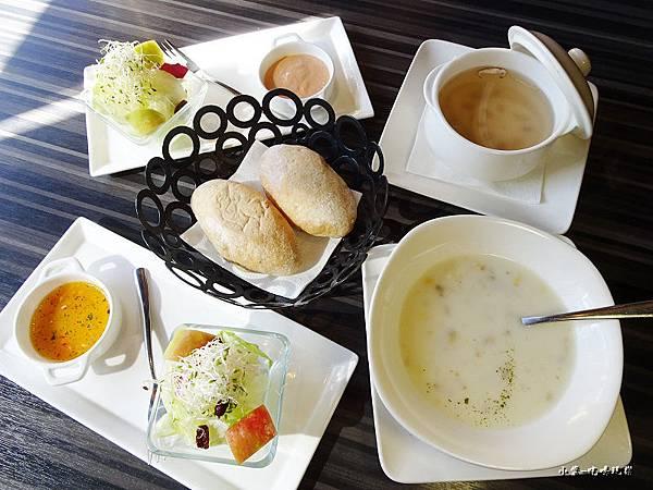 洋城義大利麵餐廳 (4).jpg