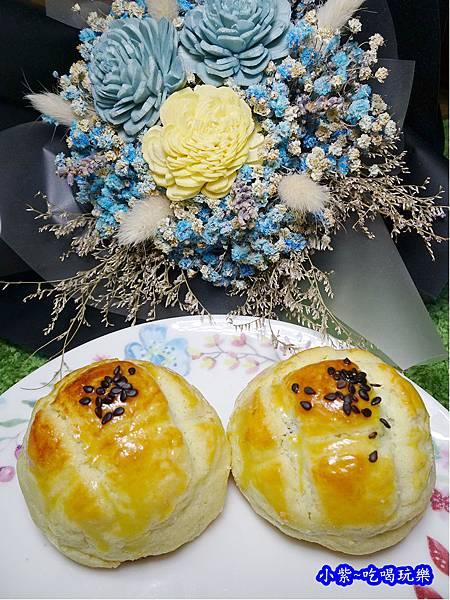 西門麵店-菠蘿蛋黃酥 (3).jpg