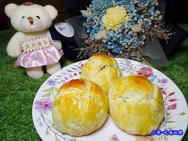 西門麵店-菠蘿蛋黃酥 (9).jpg