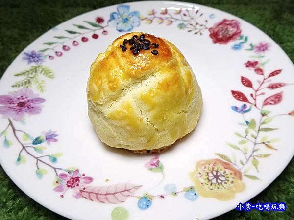 西門麵店-菠蘿蛋黃酥 (10).jpg