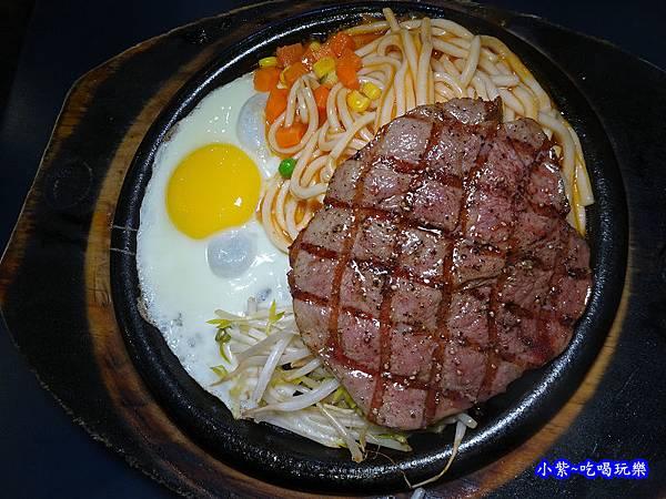 墨犇-特級沙朗牛排 (2).jpg