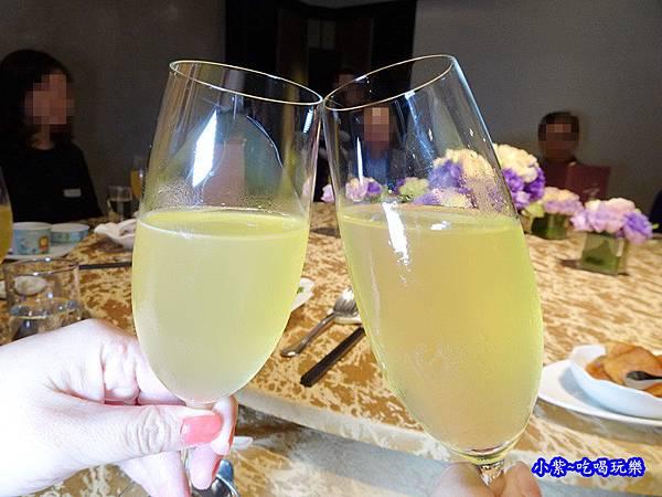 菠蘿香檳  (1).jpg