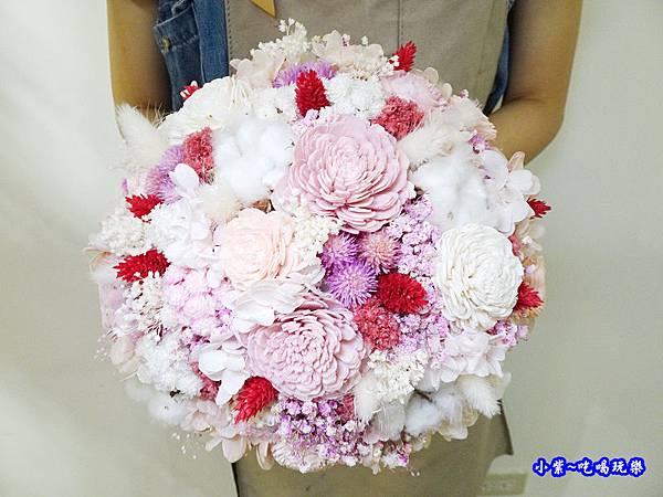 歐式圓型乾燥花捧花-喜歡生活乾燥花店 (2).jpg
