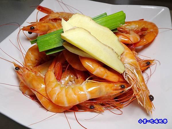 鹿茸酒香醉蝦 (5).jpg