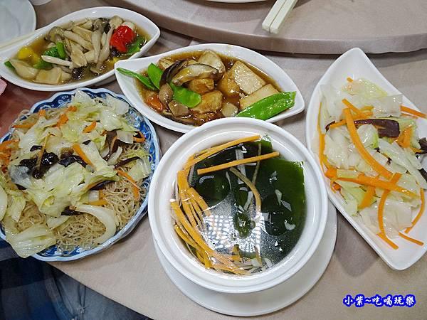 桃園-芷園川菜餐廳12.jpg
