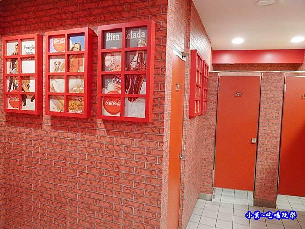 可口可樂觀光工廠廁所 (1).jpg