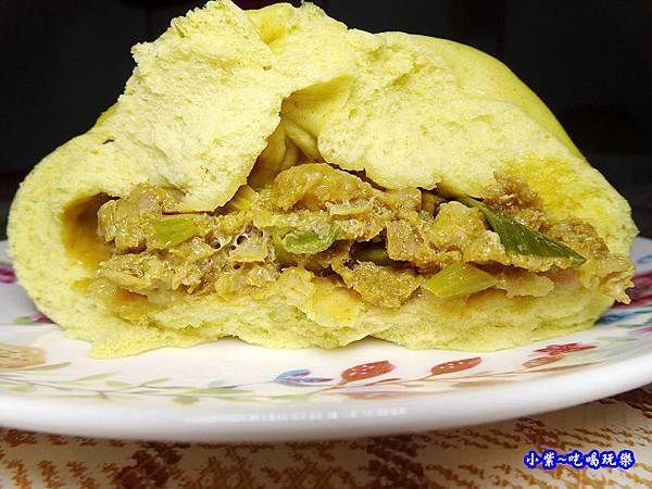 咖哩鮮肉包-樂包子 (2).jpg