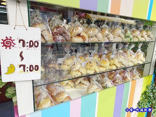 向上市場-李家麵包屋 (1).jpg