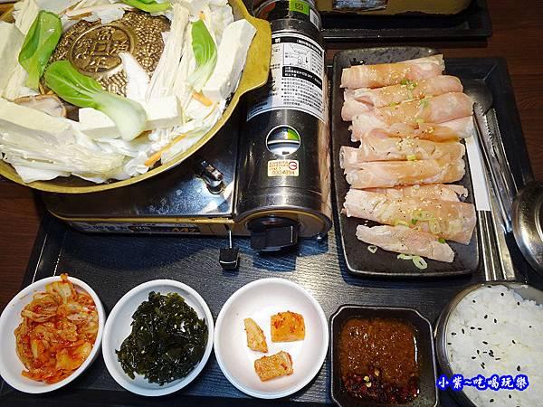 黃金雞肉銅盤-集客人間茶館 (3).jpg