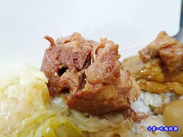 阿彬爌肉飯-第五市場4.jpg