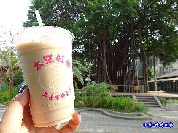 第五市場太空紅茶冰15.jpg