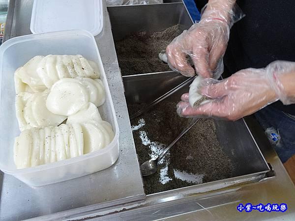 芝麻口味-麻糬大王程文照3.jpg