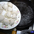 煮坤伯傳家餃方式  (3).jpg