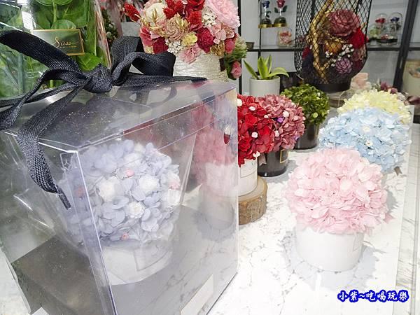 花禮包裝-敘思花藝勤美店 (3).jpg