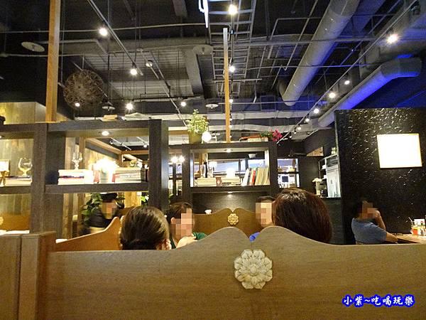 洋城義大利餐廳-誠品信義店 (1).jpg