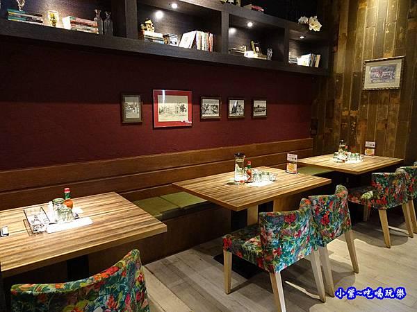 洋城義大利餐廳-誠品信義店 (7).jpg