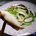 芹菜炒香菇-小紫  (2).jpg
