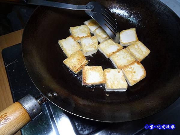紅燒豆腐燴鮮菇 -小紫 (2).jpg