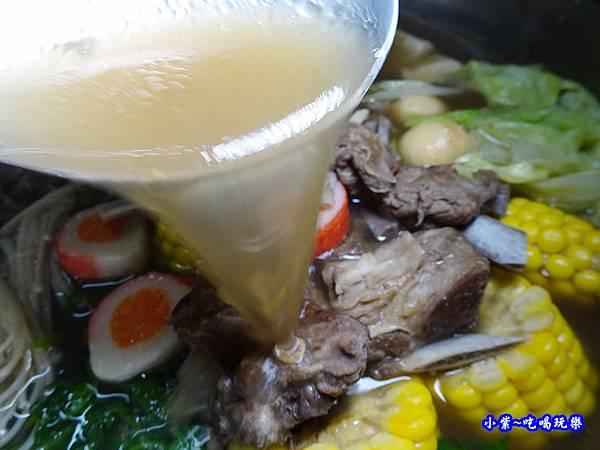kklife傳統羊肉爐  (1).jpg