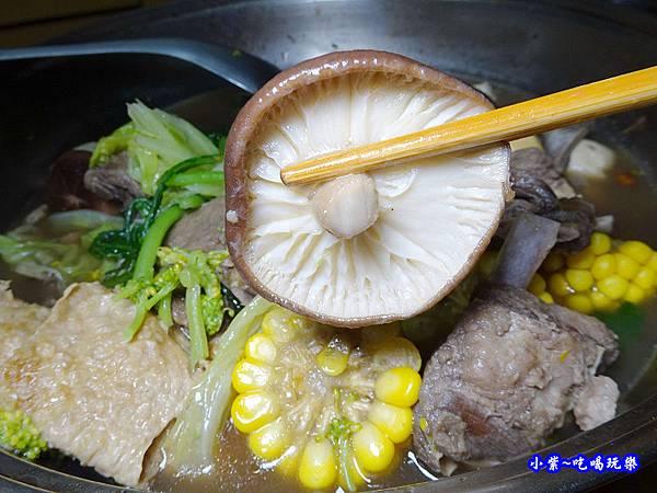 kklife傳統羊肉爐  (8).jpg