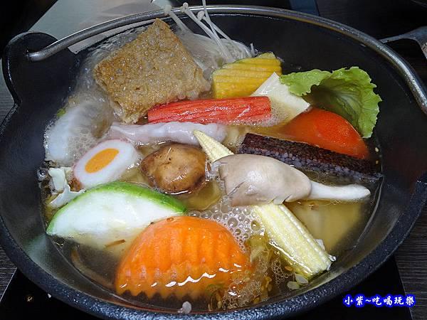 米塔石頭米鍋-新店中正店一訪  (2).jpg