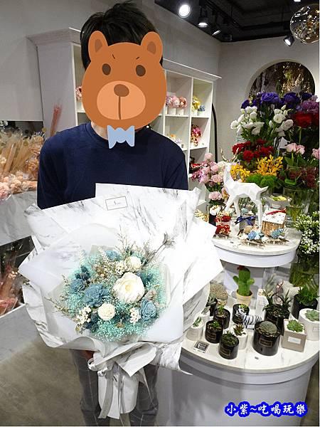 男花藝師現場包花-敘思花藝中山店 (2)_副本.jpg