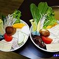 大海蝦雙人套餐菜盤-化饈火鍋.jpg