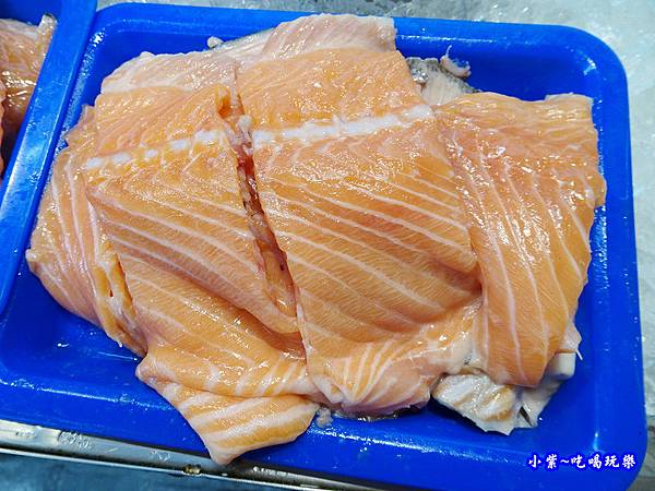 紳生魚片-鮭魚骨.jpg