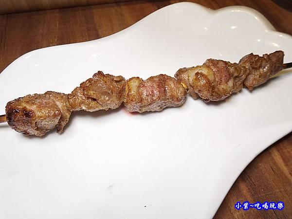羊肉烤串-亨利客  (3).jpg