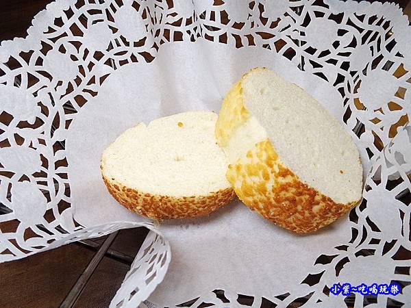 起士麵包-亨利客原味炭烤牛排.jpg