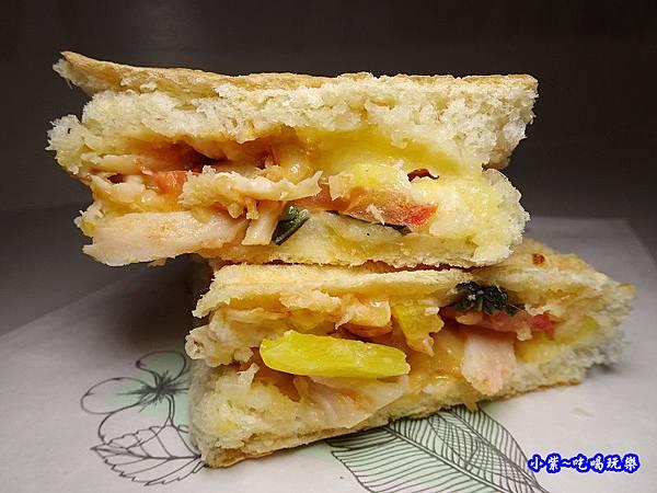 好多乳酪燻雞-巧巴達三明治 (1).jpg
