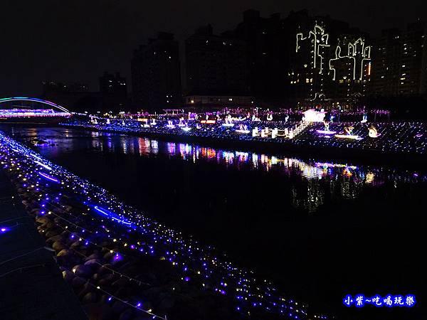 2019桃園燈會-水汴頭燈區 (17).jpg
