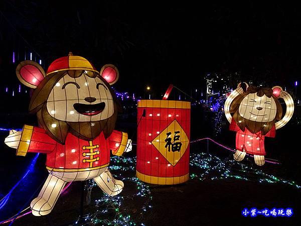 小獅賀新年-2019龜山燈區.jpg