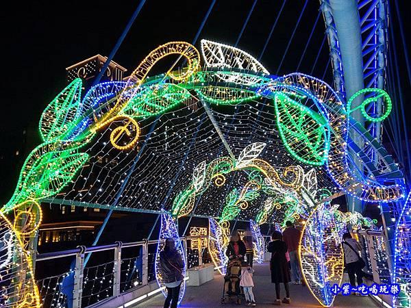 魔法翡翠光廊-2019龜山燈區 (1).jpg