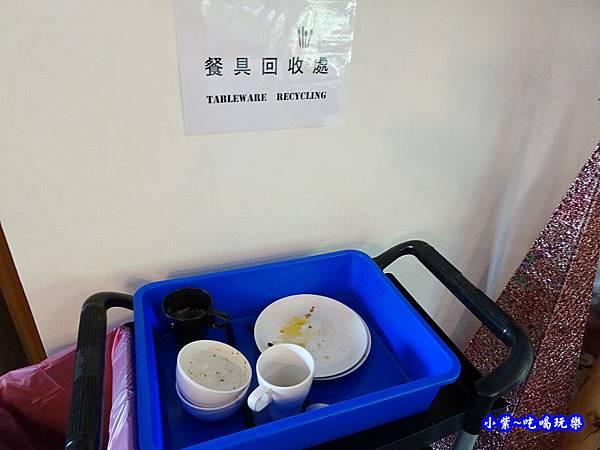 高雄-六本木MOTEL自由館-自助早餐 (2).jpg